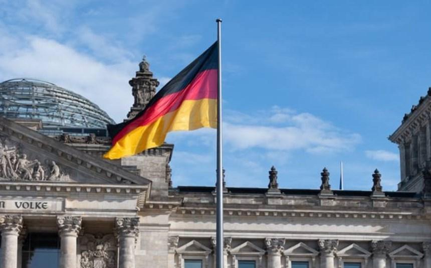 Impossible job? Leading Germany's public service digital revolution