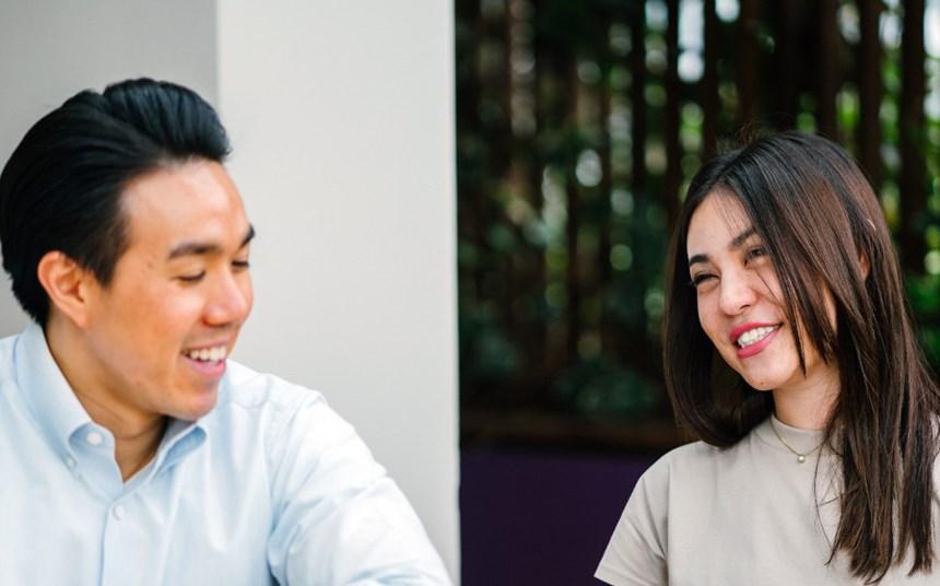 Wie können Männer Frauen bei der Arbeit besser unterstützen?