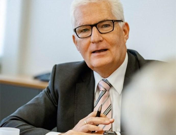 Ewald Manz im Gespräch mit Harmut Jenner, CEO Kärcher | Odgers Berndtson